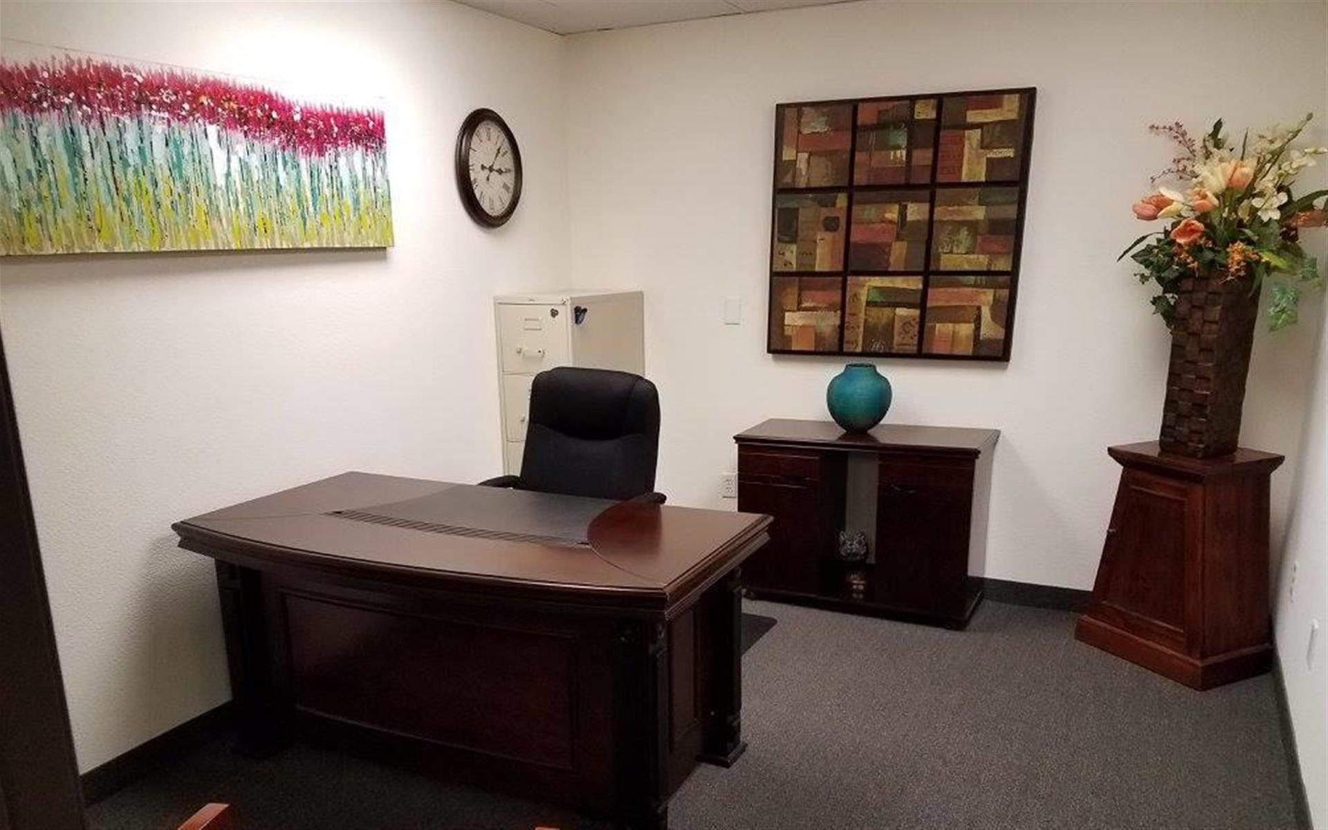 AZ Common Ground Co-Sharing - Office Suite 1