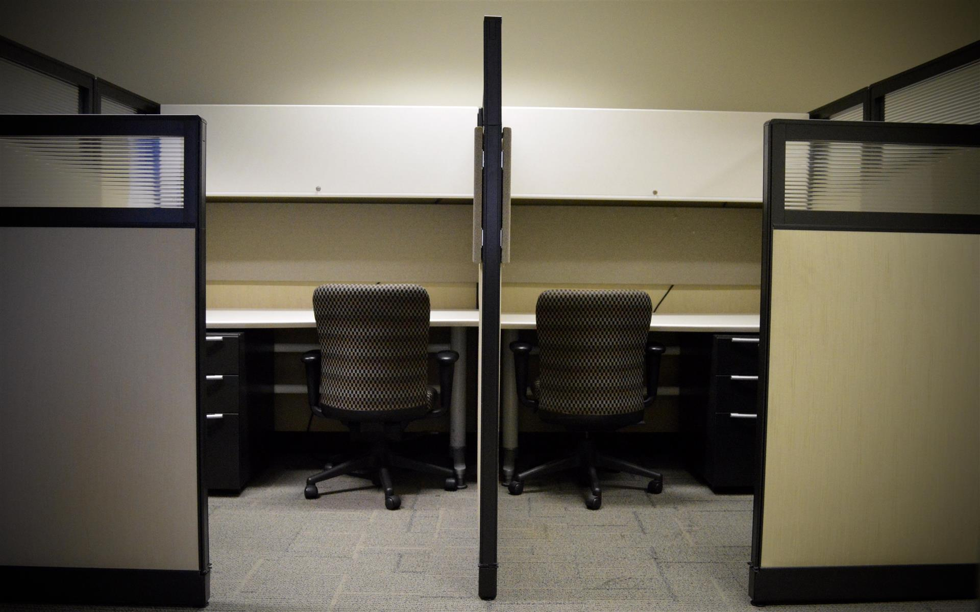 SearchPath Growth Center - Cubicle 4