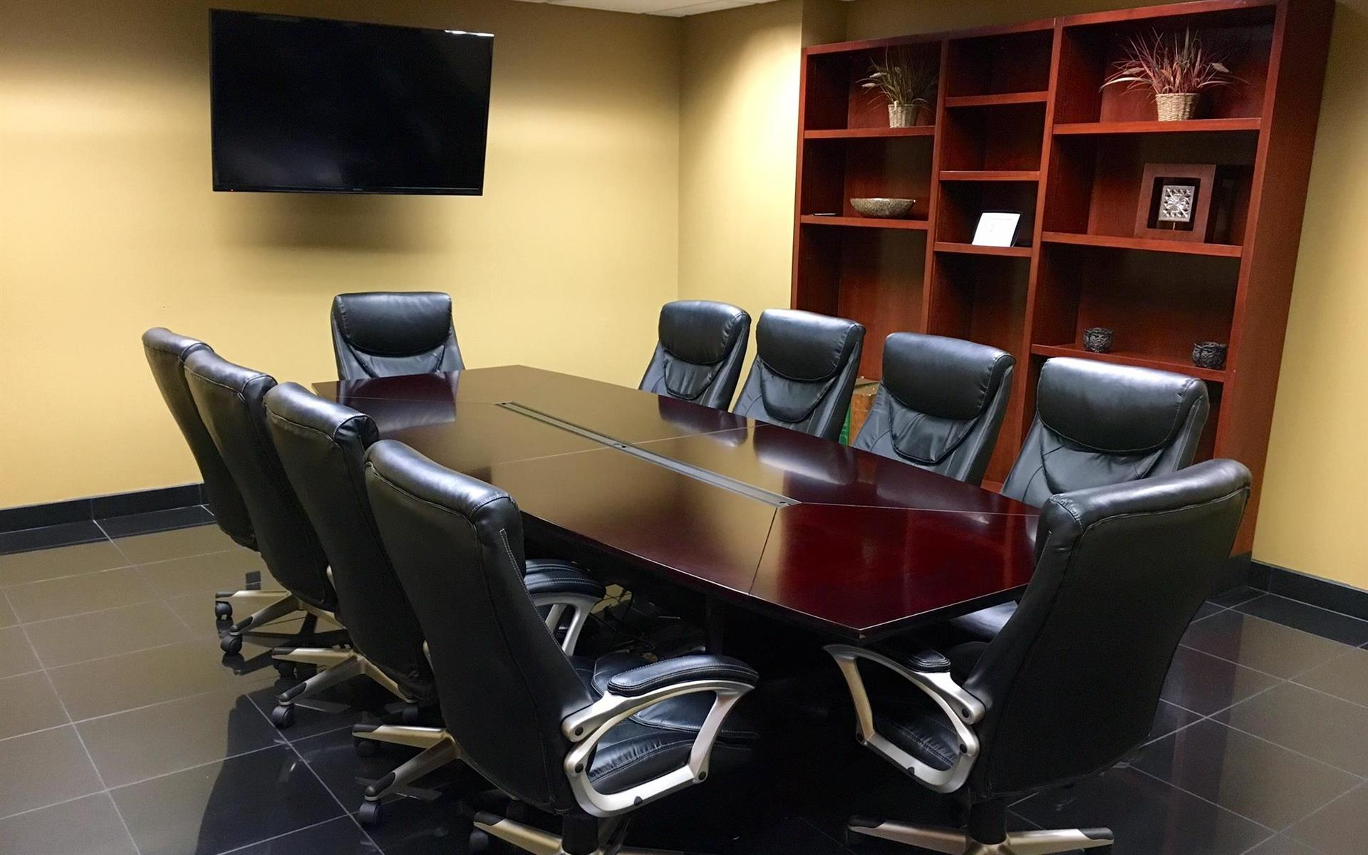 Union Centre Executive Offices - Conference Room - s1000