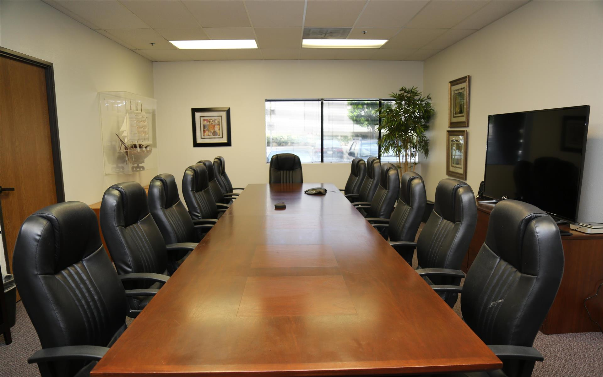 Golkow Conference Rooms - Santa Ana - Boardroom