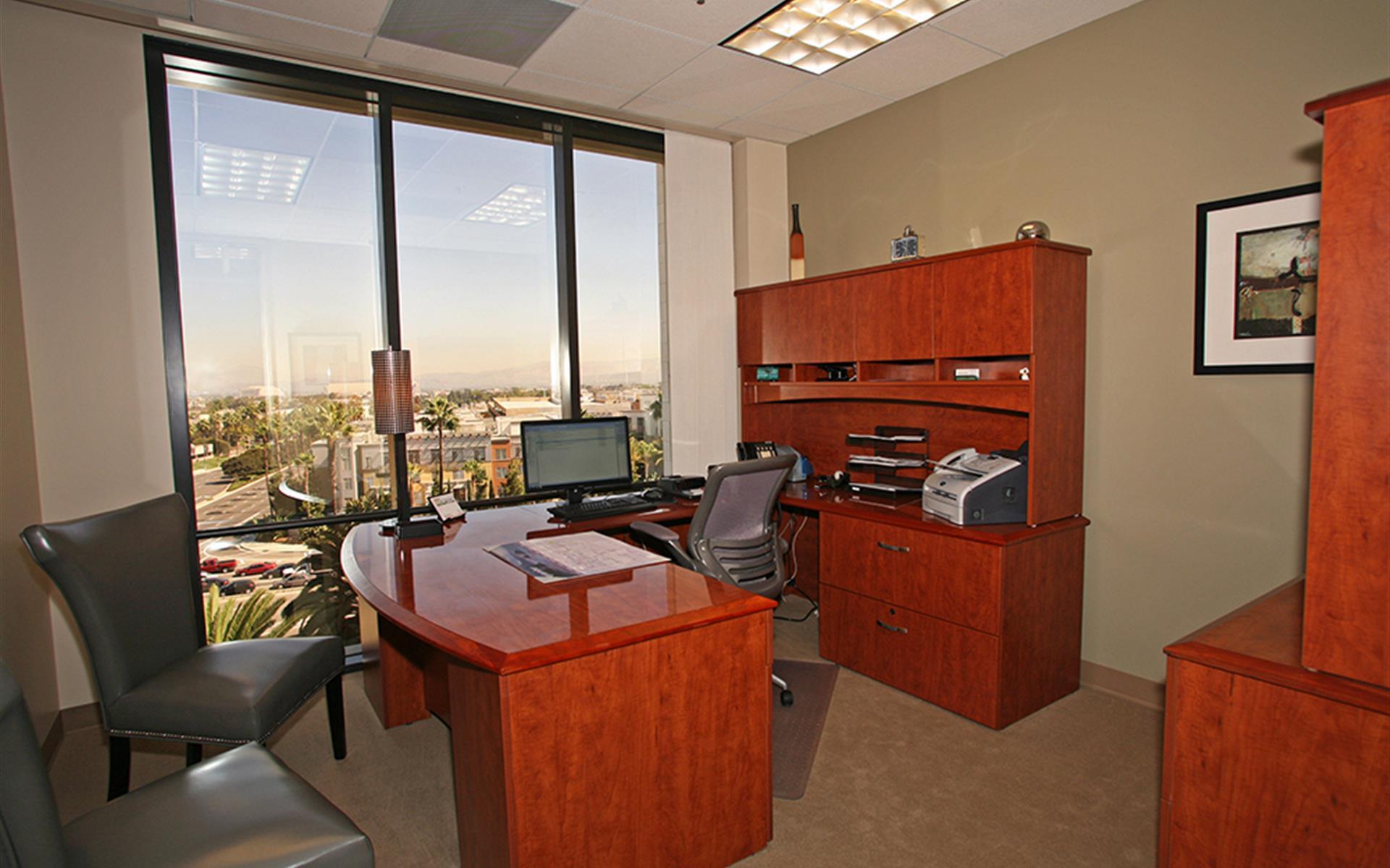(PAR) Jamboree Center - Exterior Office