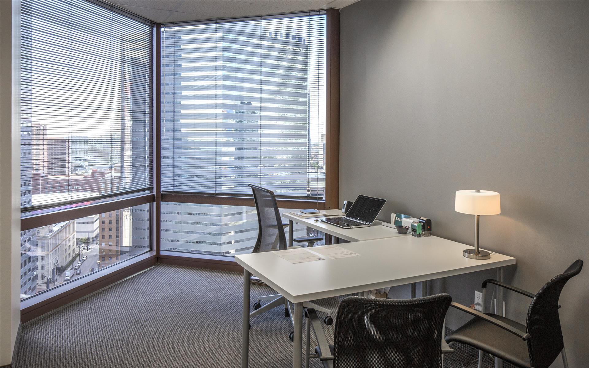 Eighteen100 Dallas - 1 Person Office