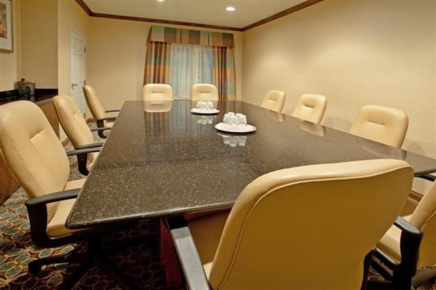 Staybridge Suites ABQ Airport - Executive Boardroom