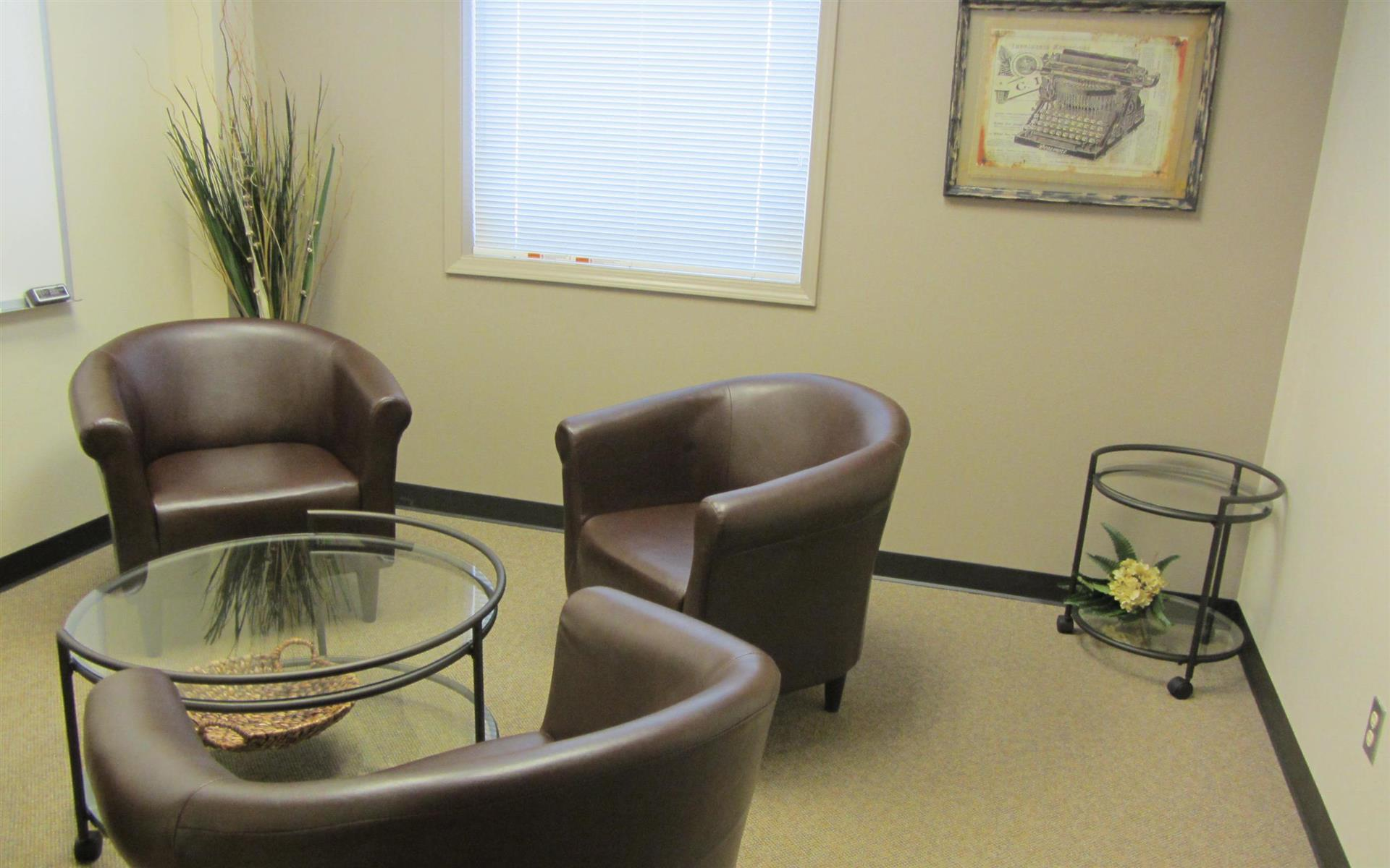 Office Alternatives Westside - Conversation Space
