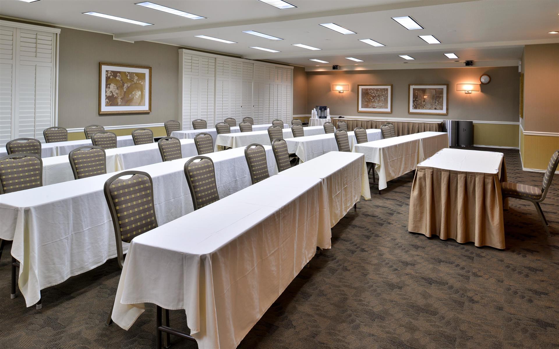 Best Western PLUS Novato Oaks Inn - The Oaks Room