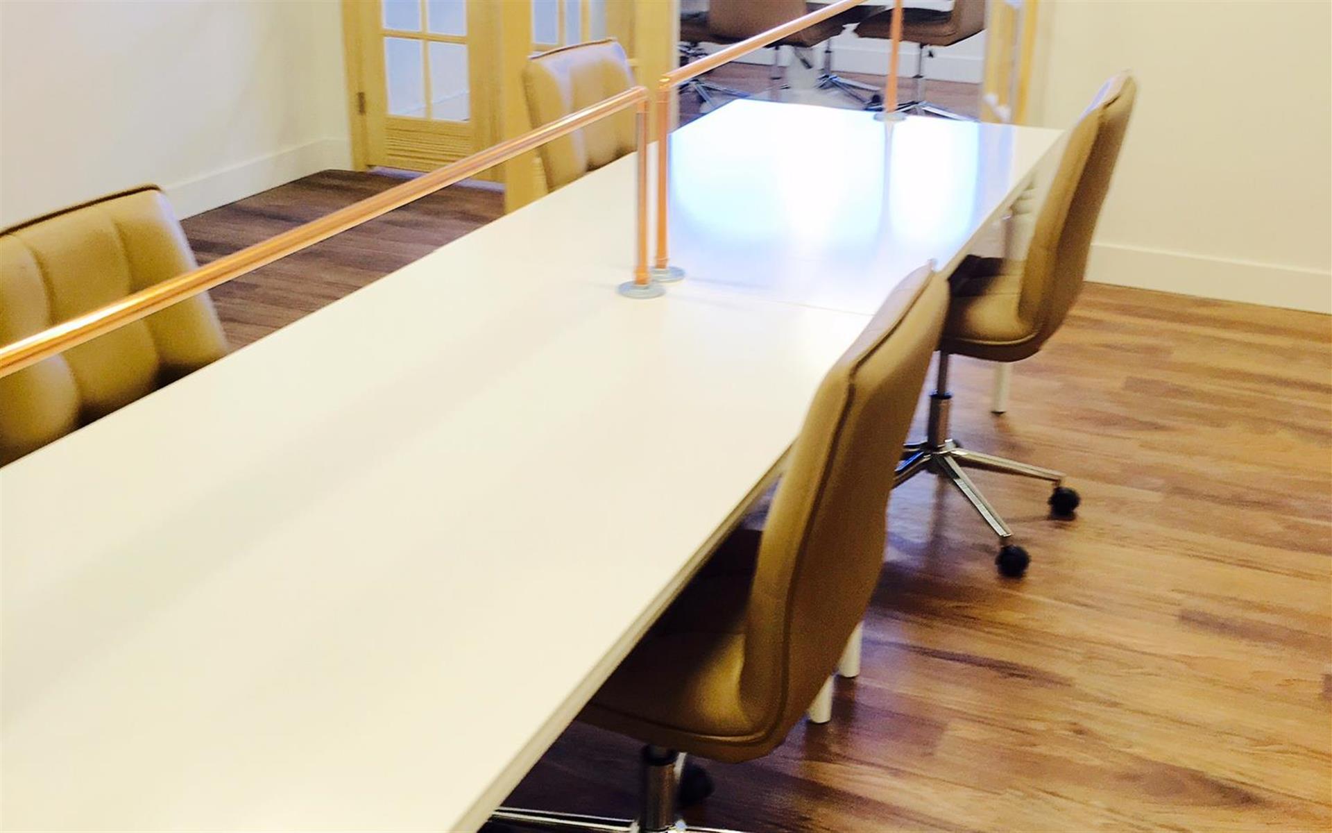 CO Work'n - Dedicated Desk 1