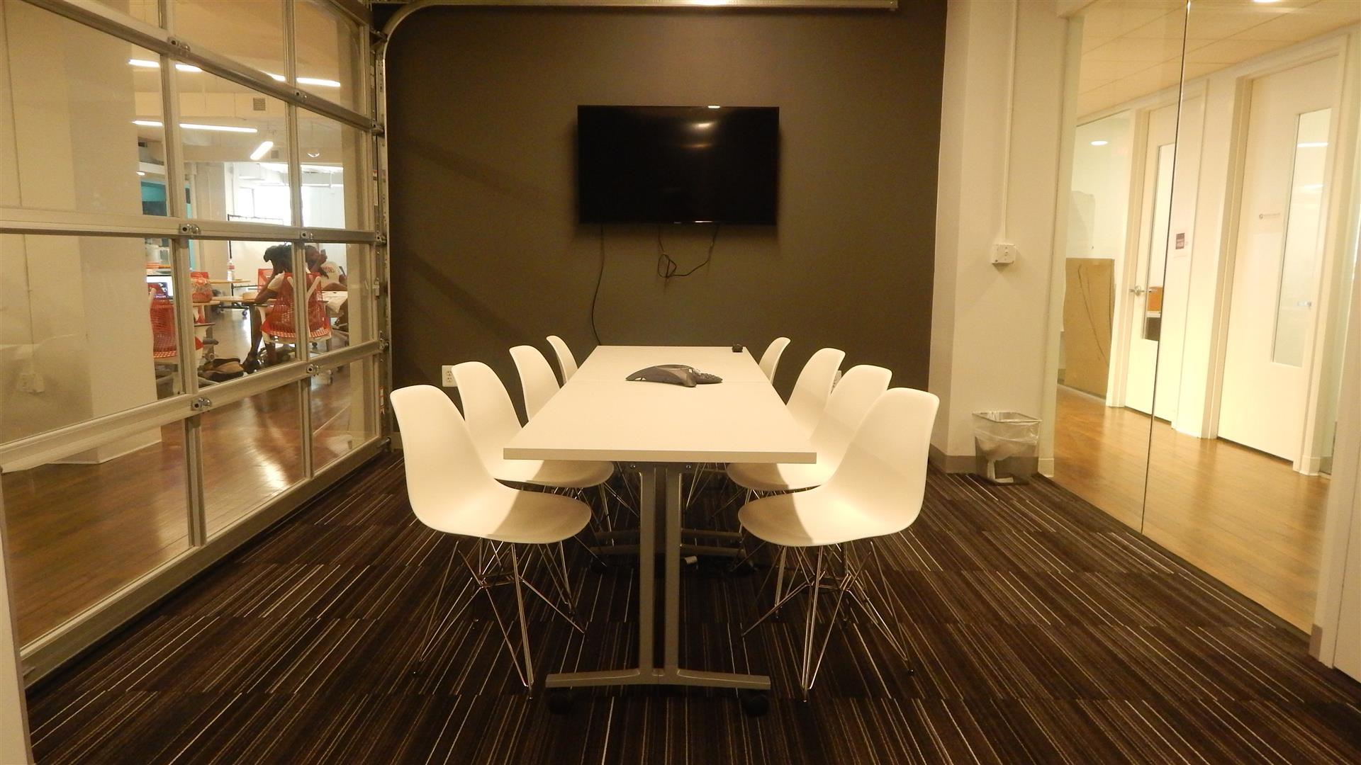 Impact Hub DC - Oakland Meeting Room