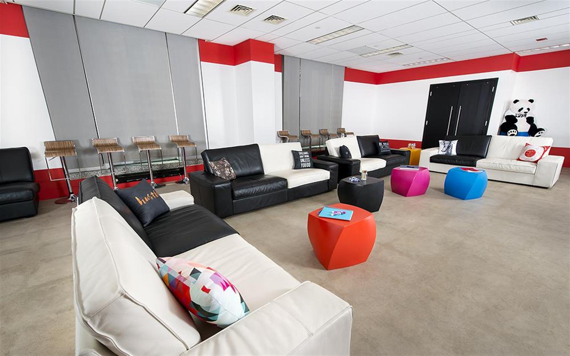 1313 Innovation - Presentation Room