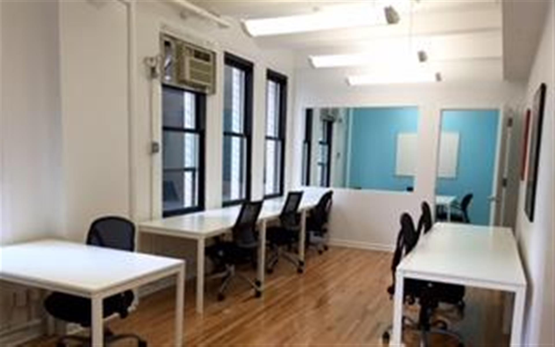 Hamptons Lane - NYC Midtown - Dedicated Desks (for Two to Four)