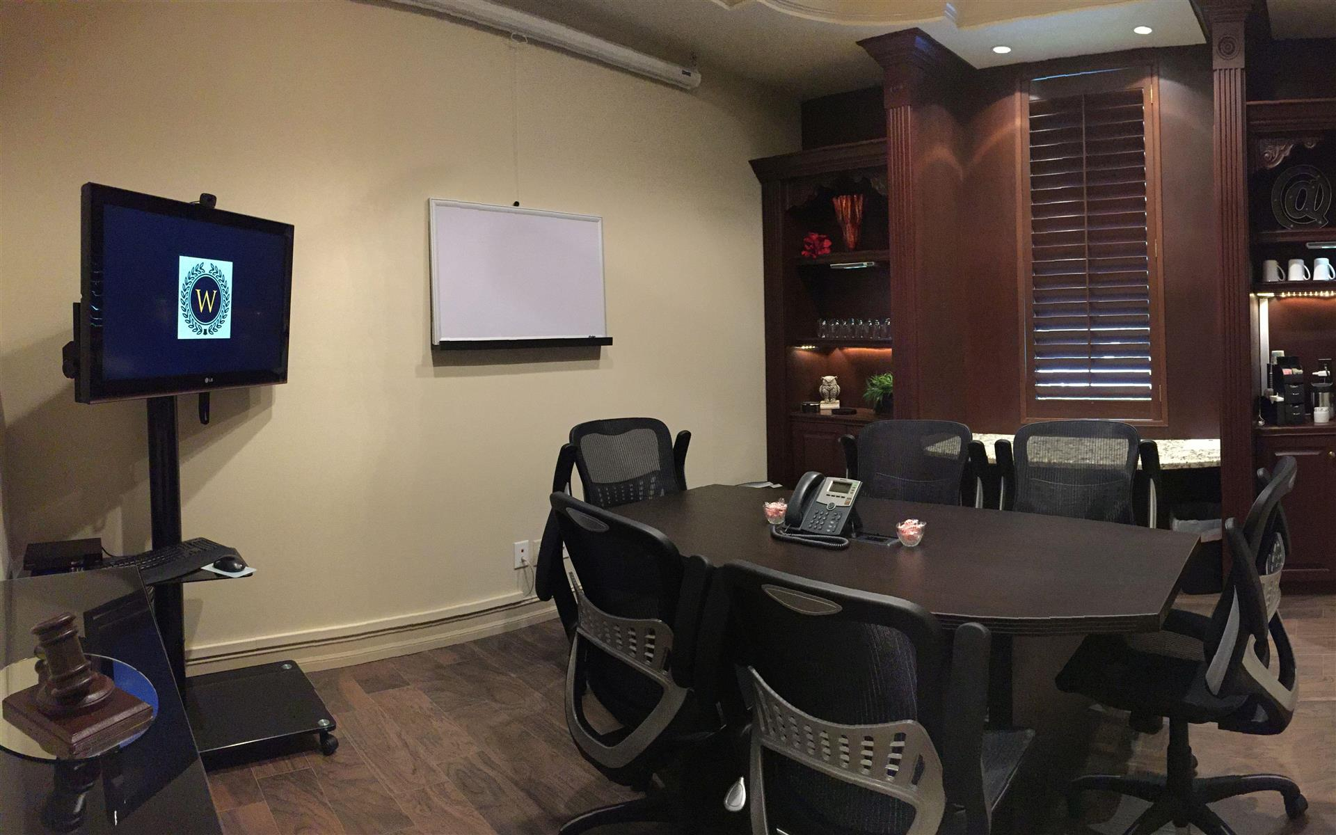 Windsor Office Suites - The Oxford Boardroom