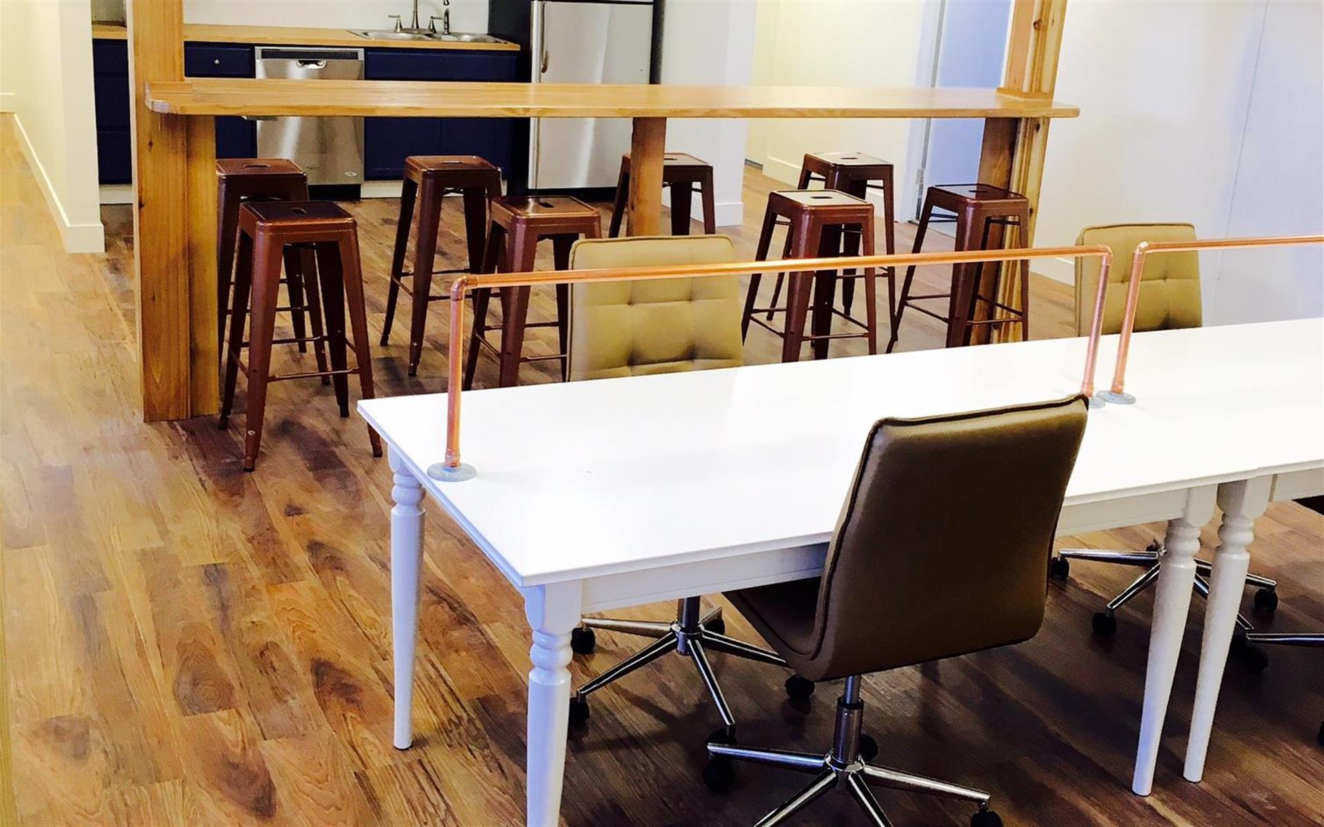 CO Work'n - Open Desk 1