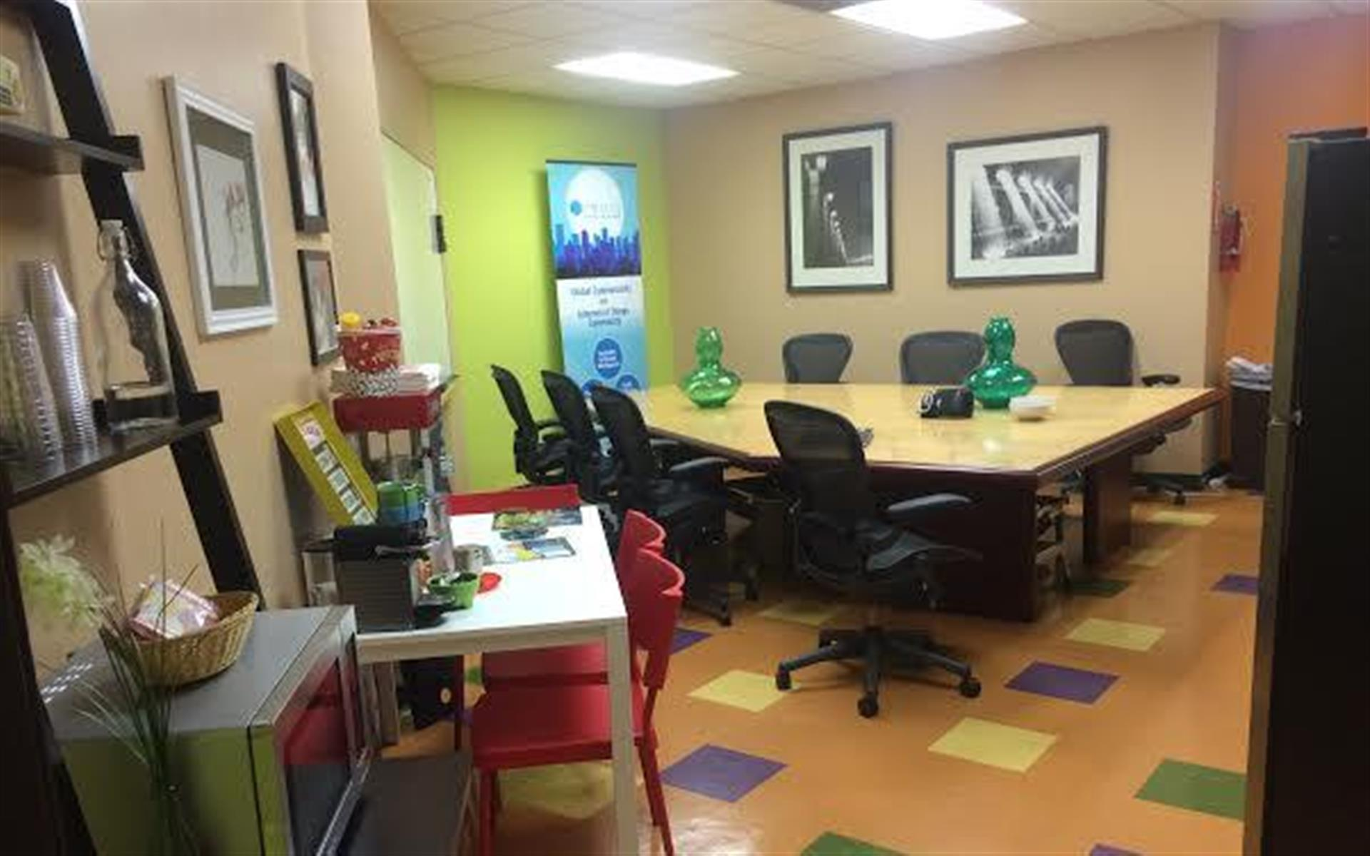 NEST CoWork (CyberTECH Community) - Conference space and kitchen