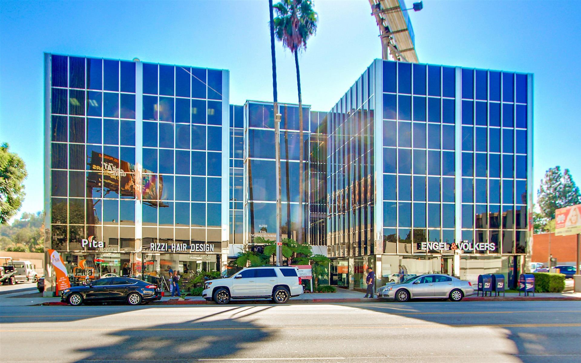 16200 Ventura Blvd. - Suite 306 - 4-room Team Office