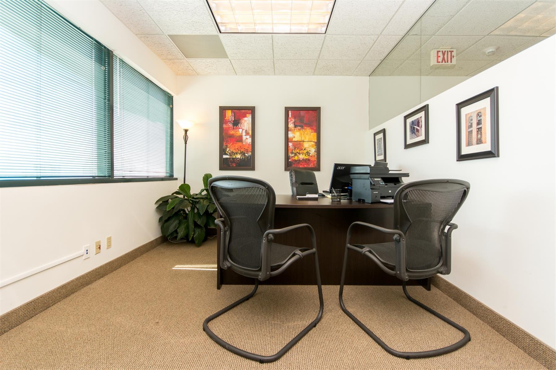 Zen in Fort Lauderdale - Day Office