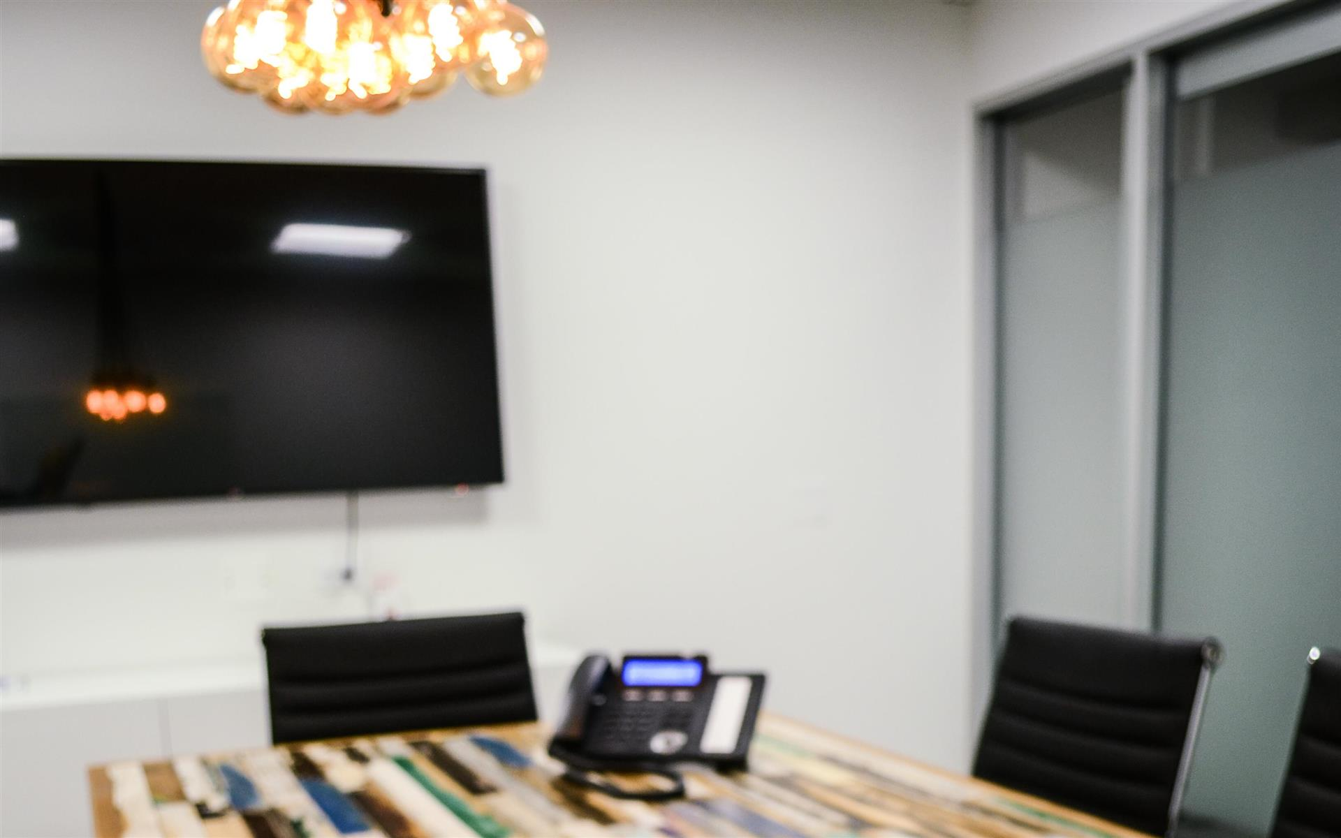 LEVEL Office - The Loop - Conference Room 1