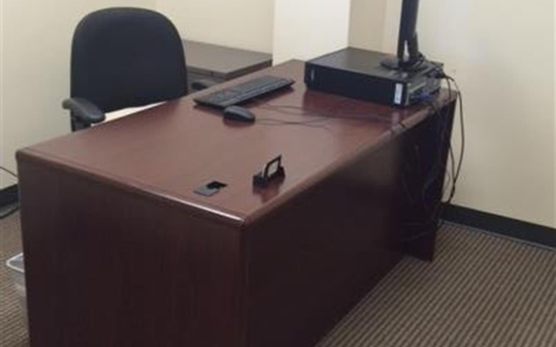 Duncan Black & Associates, PLC - Desk