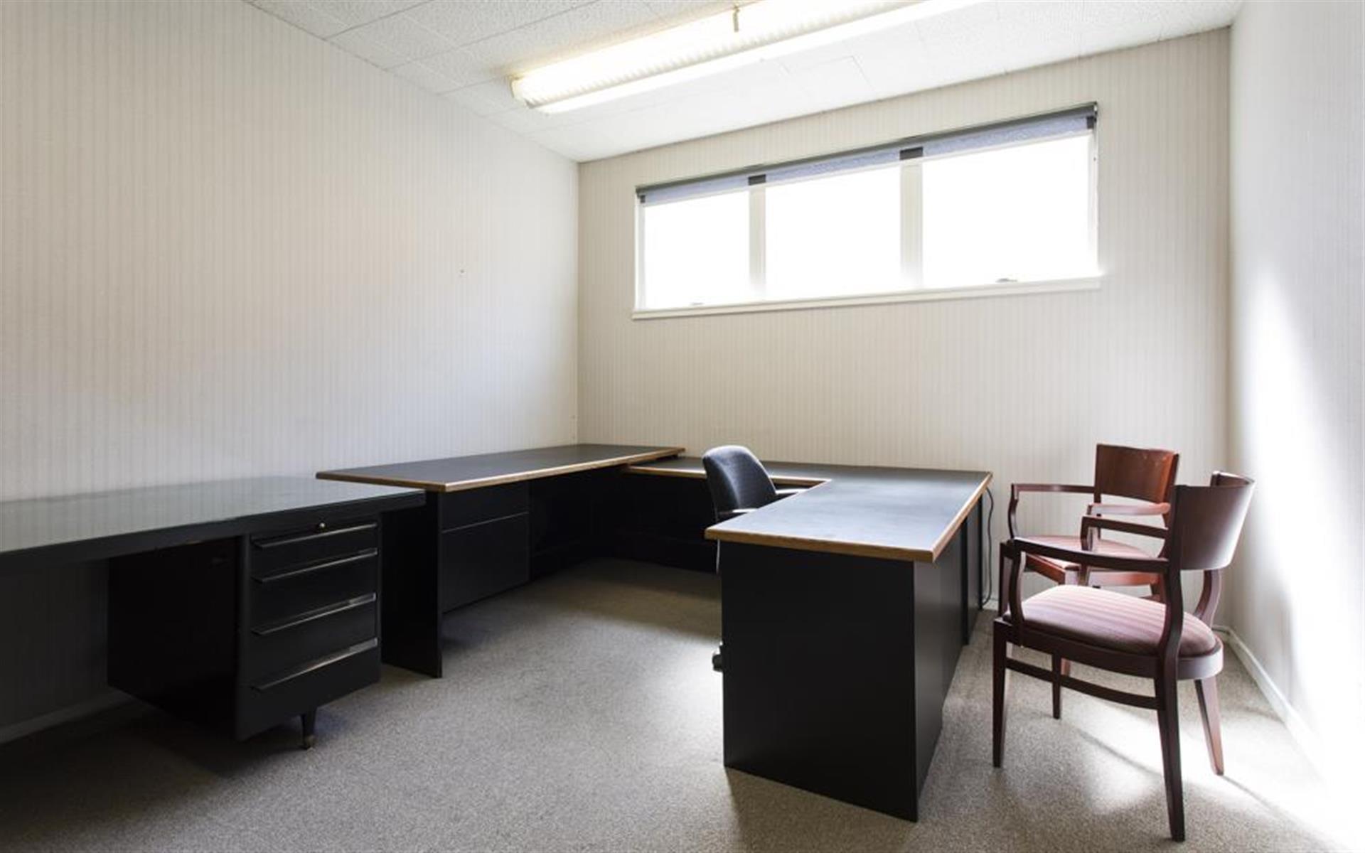 Jonnell Agnew & Associates - Day Office 1