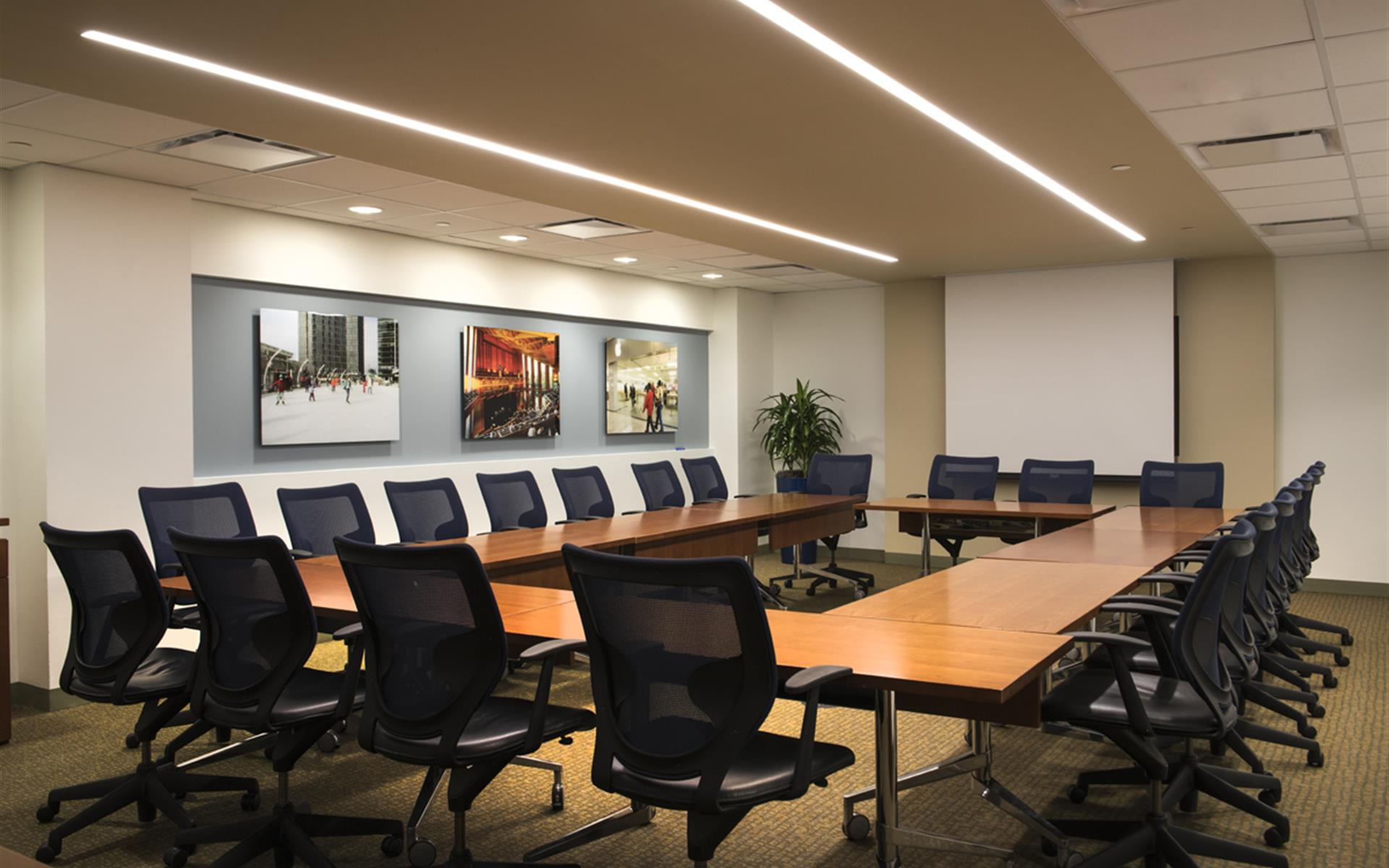 Carr Workplaces - Tysons Greensboro - Old Dominion