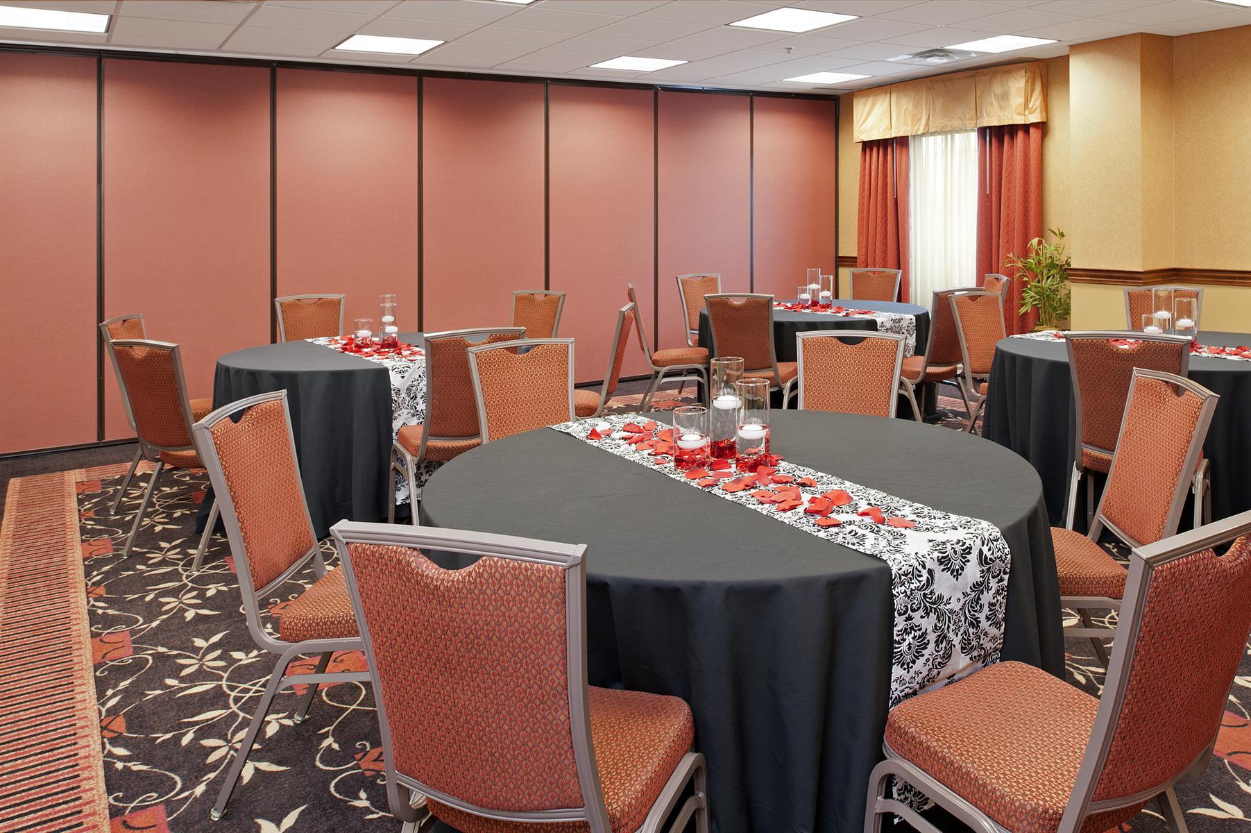 Hampton Inn & Suites Columbus/Easton Area - Cardinal Room