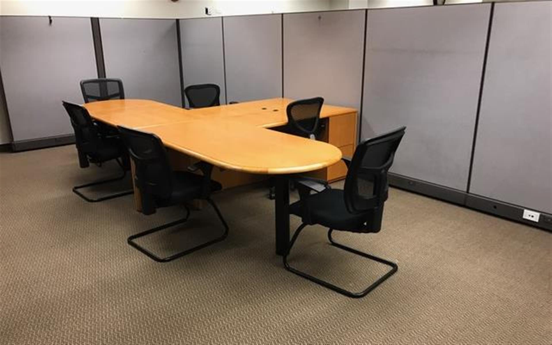 SUMPURA Analytics-Chicagoland office - 4-person team space near Oak Brook