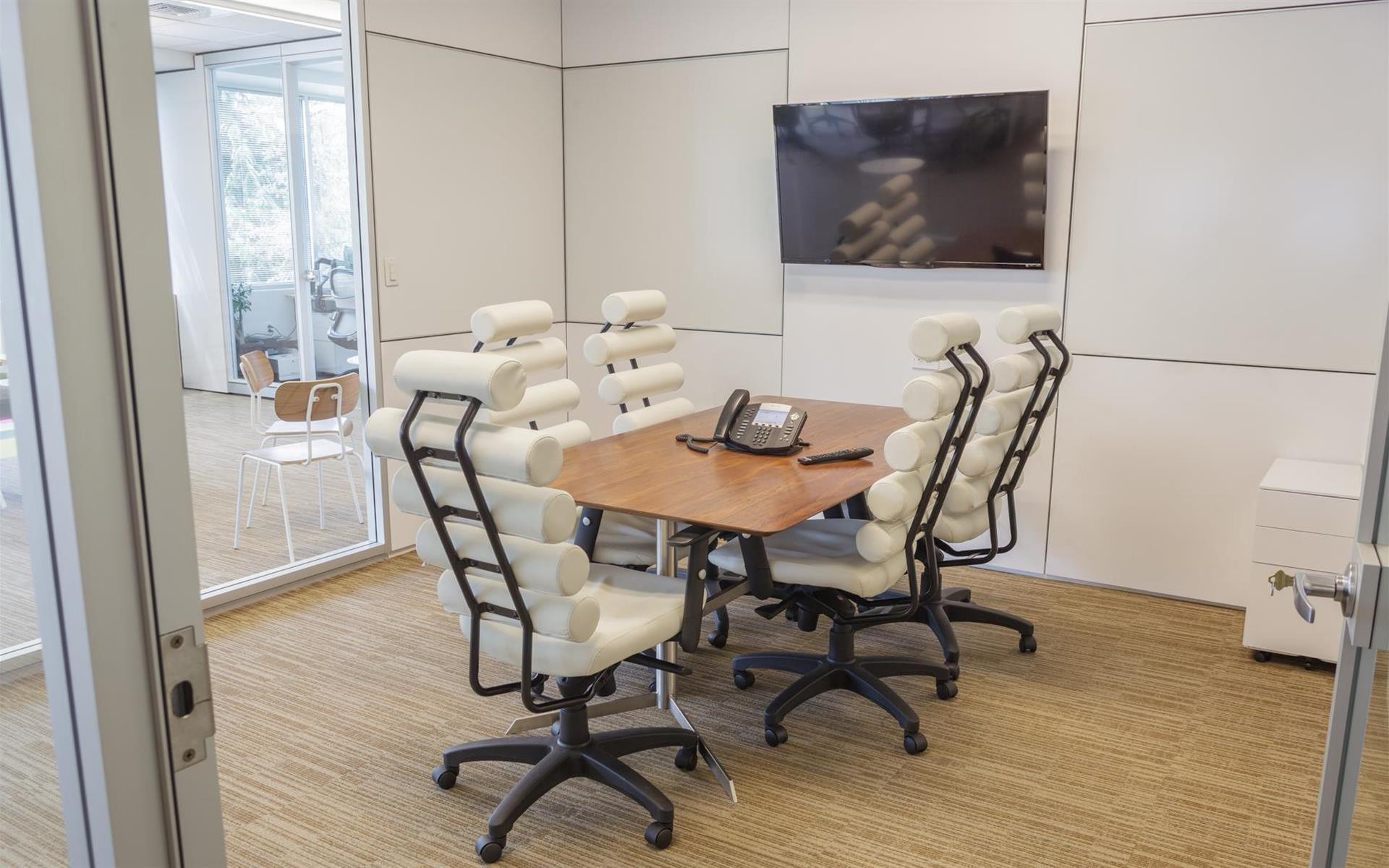 NGIN Workplace - Meeting Room - Chichen Itza