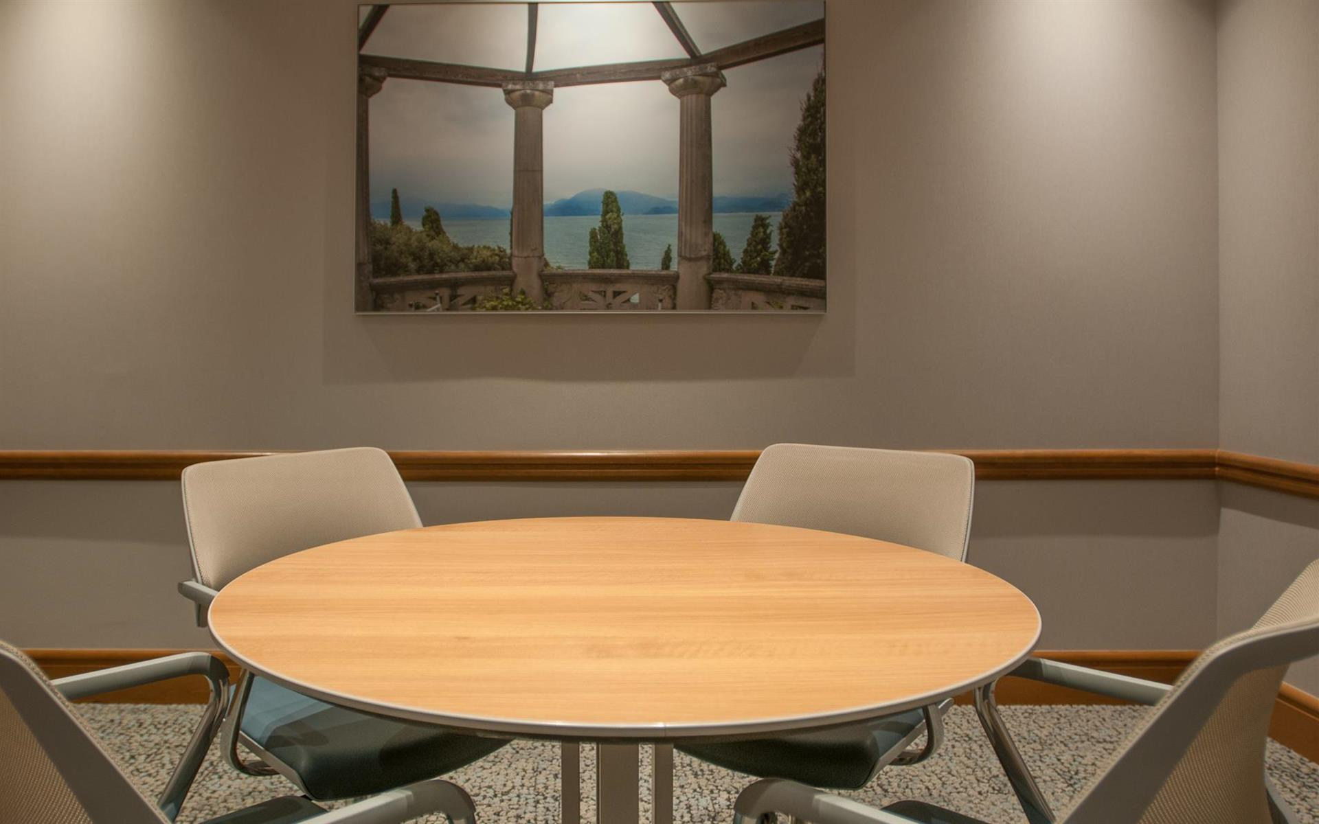 Symphony Workplaces - Palm Beach - Focus Meeting Room