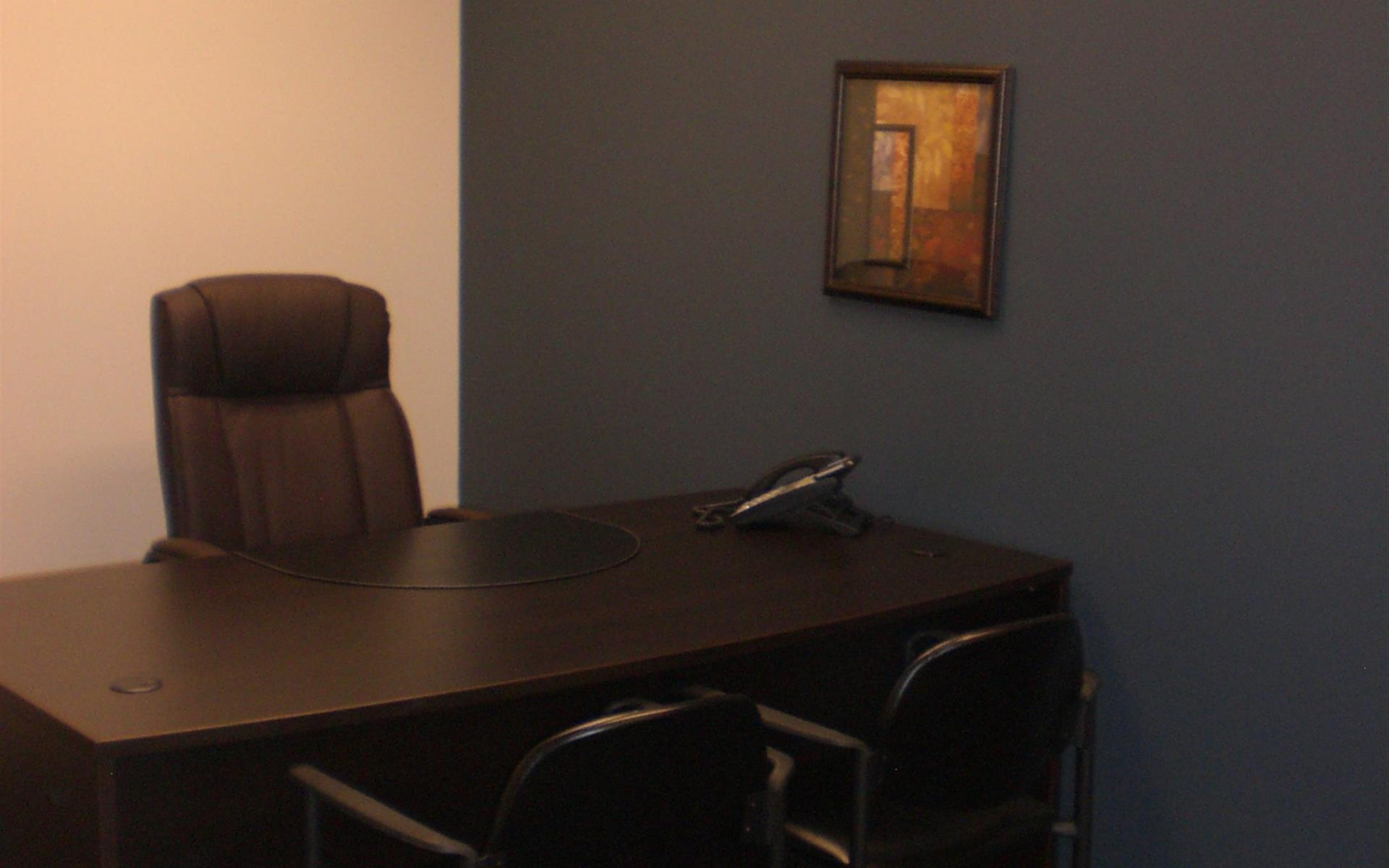Union Hills Corp. Center Plaza Executive Suites - Day Office