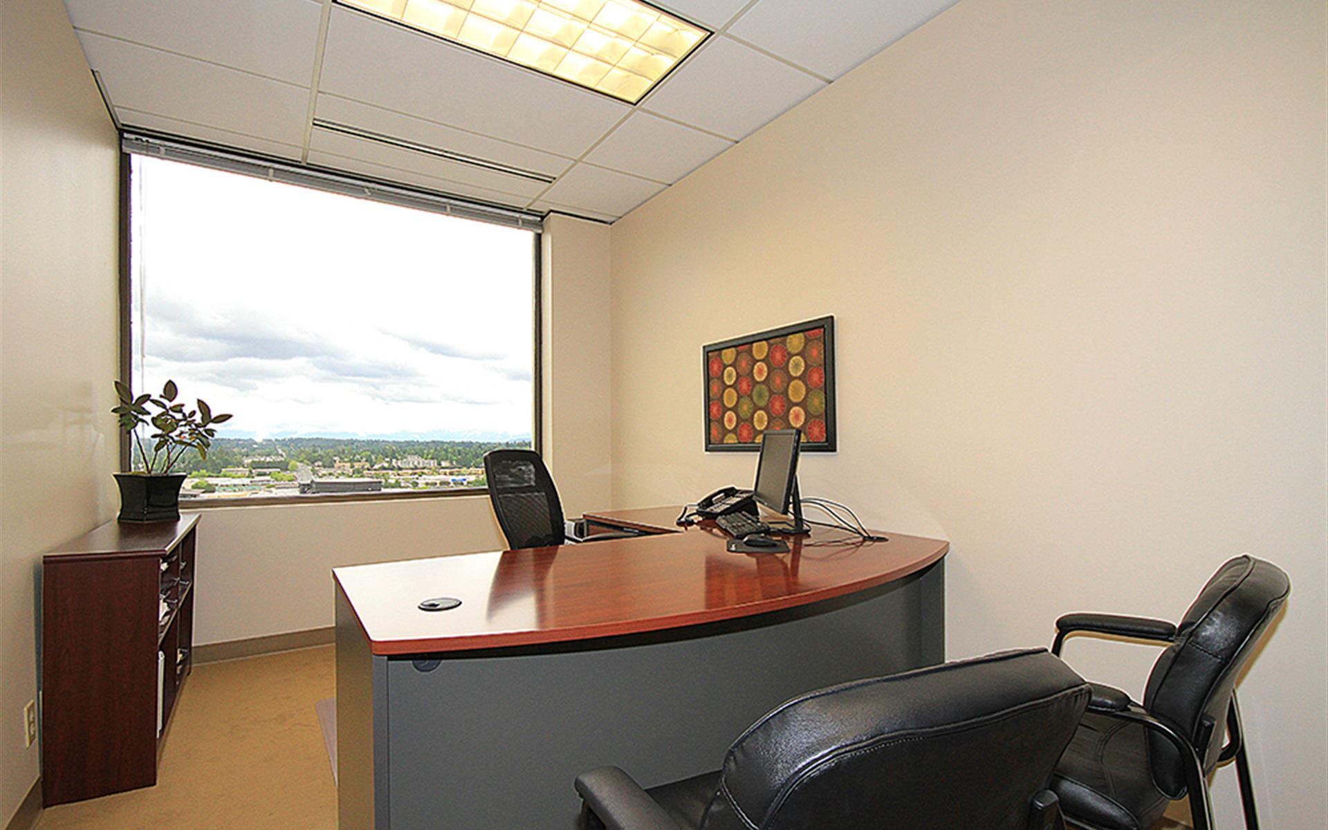 (BV2) Plaza Center - Exterior Office