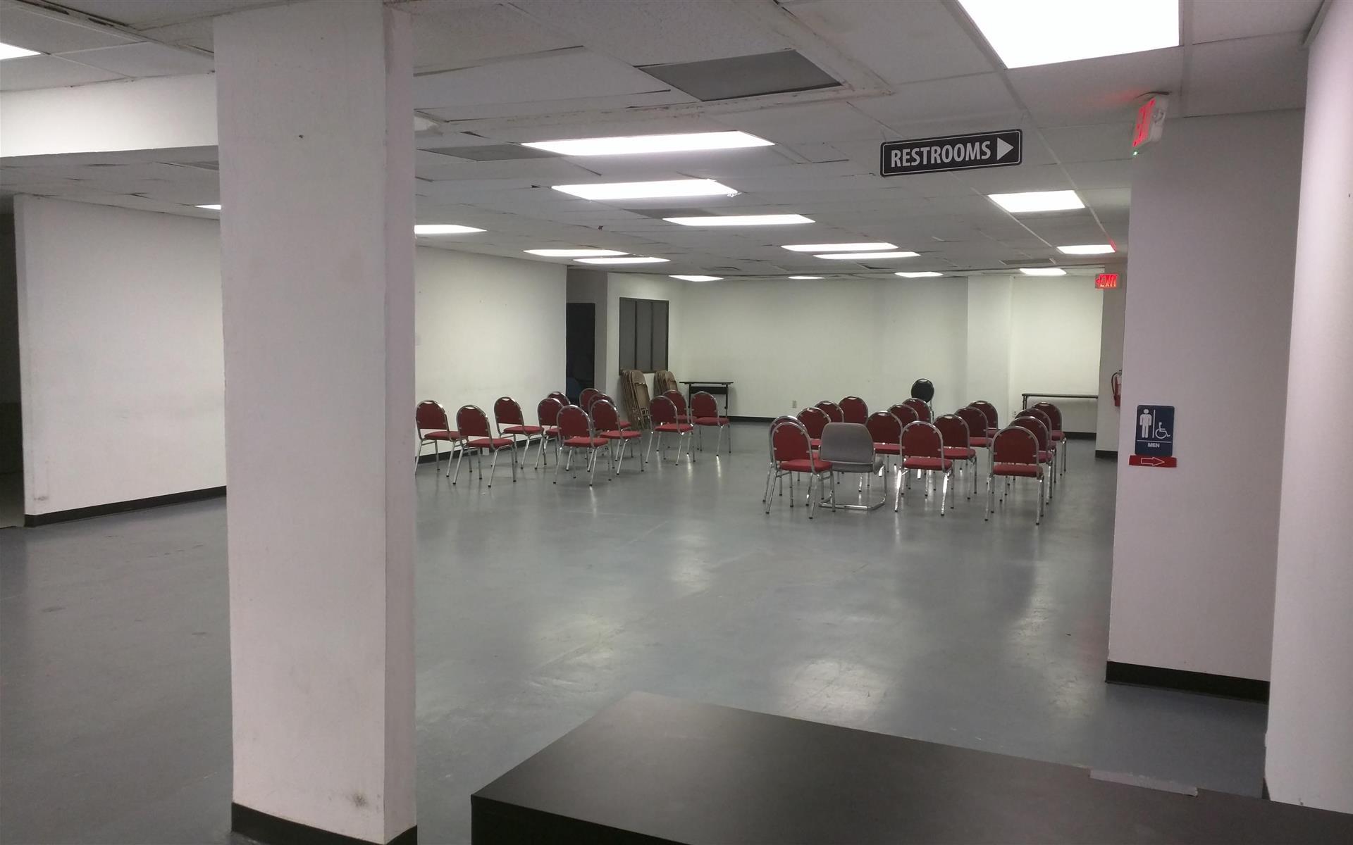 McKinney Office Suites - Large space w/ kitchen, open floor plan