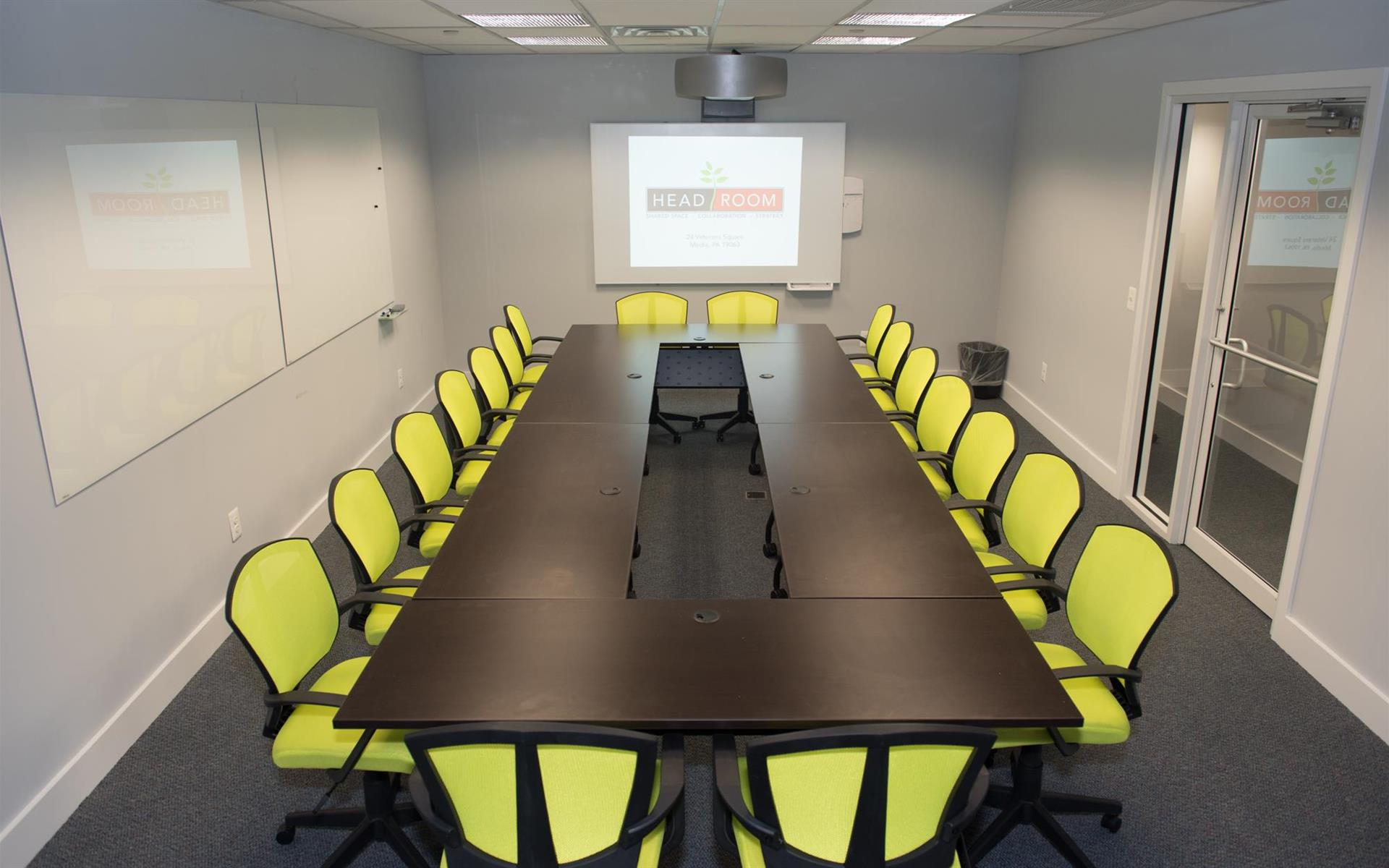 HeadRoom - Wayne - Large Conference Room