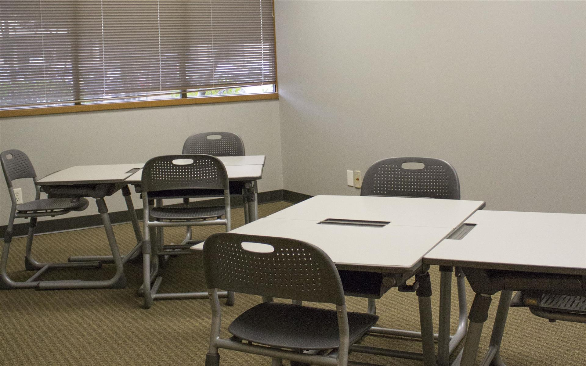 Overlake PS Business Park (Bld 17) - Venus - Training Room