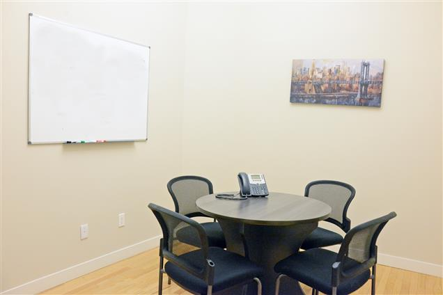 Select Office Suites - 1115 Broadway Flatiron NYC - Select Small Conference Rm 5