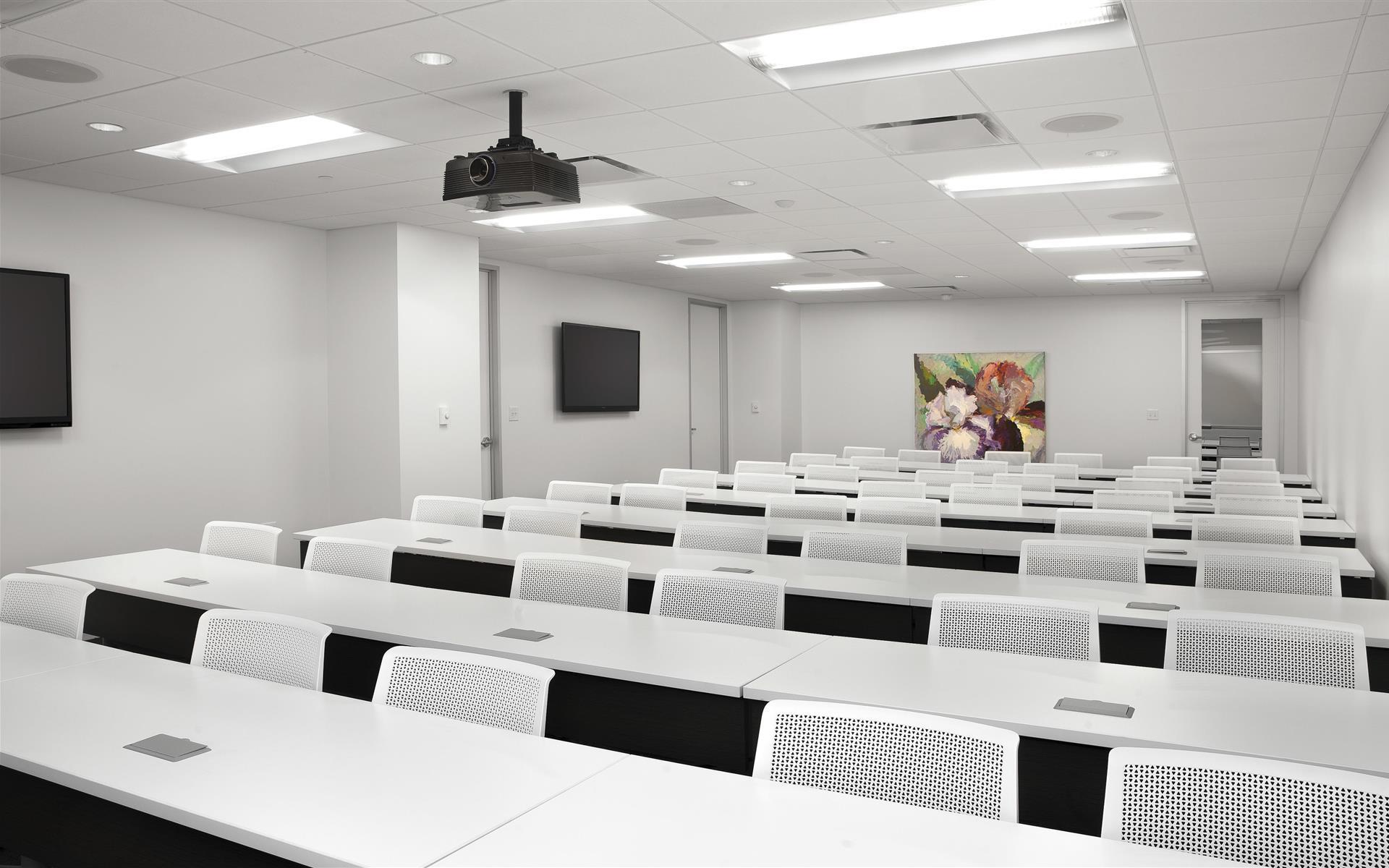 AdvantEdge Workspaces - Downtown Center - Training Room