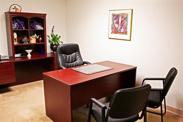 Sobon & Associates Business Center - Day Office