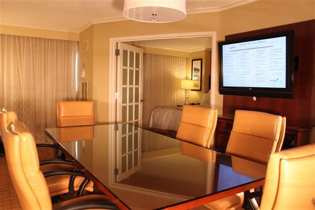 Newport Beach Marriott Bayview - Conference King