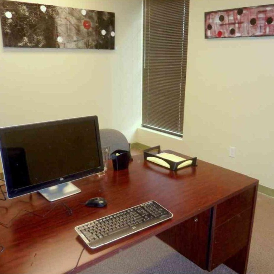Texas Business Centers - Denton Location - Furnished Office E